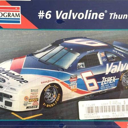 "1996 ""Valvoline"" Ford Thunderbird #6 Mark Martin Monogram 2477"