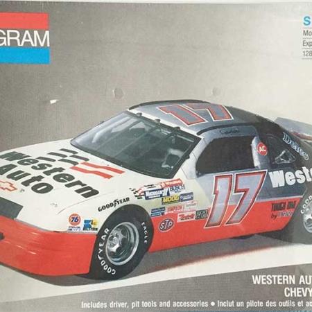"1991 ""Western Auto"" Chevy Lumina #17 Darrell Waltrip Monogram 2949"