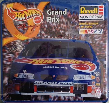 "1997 ""Hot Wheels"" Pontiac Grand Prix #44 Kyle Petty Revell Monogram 85-4117"