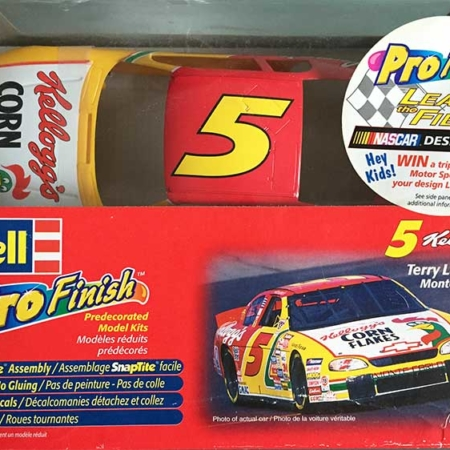 "1998 ""Kellogg's"" Chevy Monte Carlo #5 Terry Labonte Revell 85-1317"